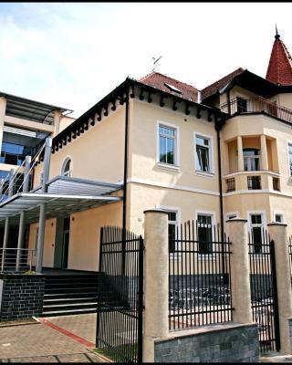 Hotel Villa Lenije