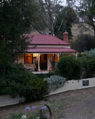 Sinnamons Cottage