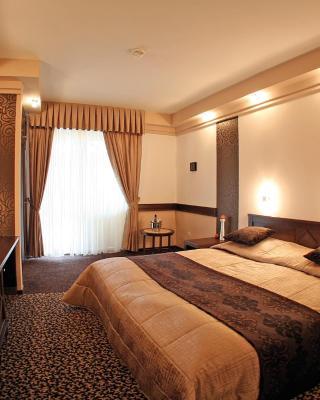 Hunguest Hotel Apollo