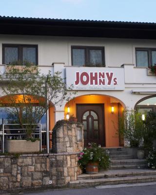 Gästehaus Weinhandl & Johnnys Pizzeria