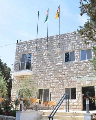 بيت ضيافة تاليثا كومي