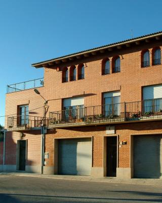 Agroturisme Cal Jeroni (España Avinyonet) - Booking.com