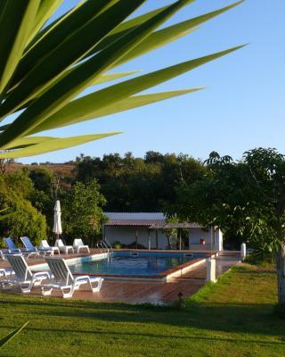 Monte Do Adail Turismo Rural Casa De Campo