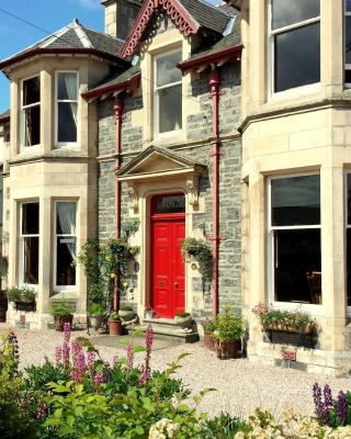 Strathallan Bed and Breakfast