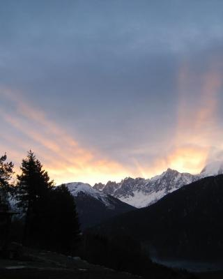 Mont Blanc Views Apartments