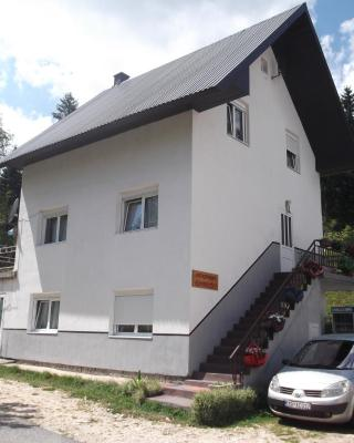 Guest House Kavedžić