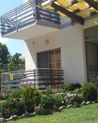 Aparthotel Vila Tufi