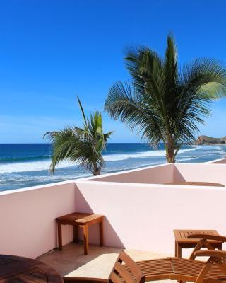 Cerritos Beach Inn
