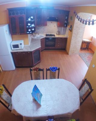 Apartments na Lesoparkovoy 2 A