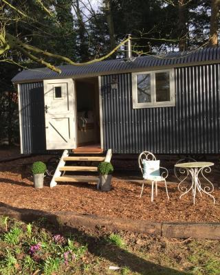 Chez Marguerite Luxury Shepherd's Hut