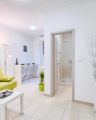 Pasqua Apartments