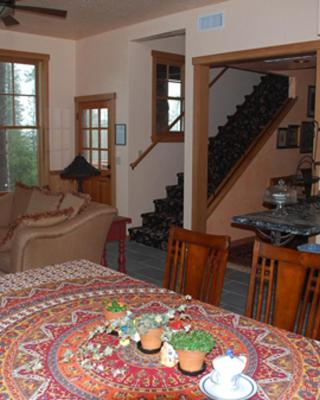 Sierra Trails Inn
