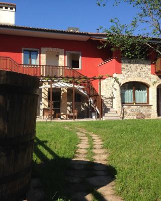 La Valeriana Farm Apartments