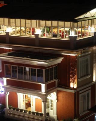 فندق بوتيك مطعم غلوريا
