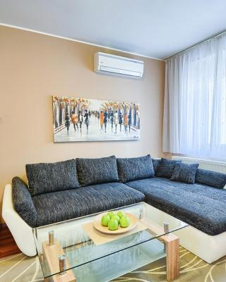 Apartment Arena