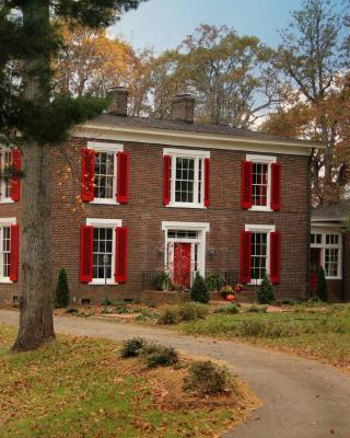 Early Inn at the Grove