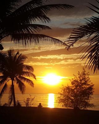 Party Beach Resort