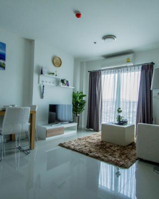 Baan Kiang Fah Apartment by Patcha