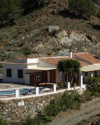 B&B Casa Arroyo De La Montaña