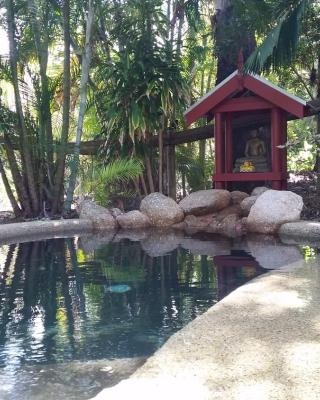 Shambhala Retreat Magnetic Island Cottages