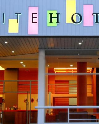 فندق سويت كروم