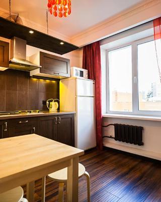 Apartment on Sibirskaya st. 33