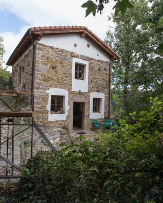 Casa de campo La Casina del Oso (España Villamayor ...