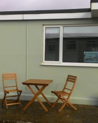32 Sandown Bay Holiday Centre