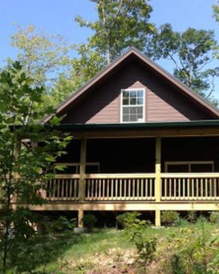 Wolf Creek Lake Cabin - Oakview