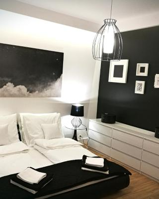 Black&White Apartment- Wierzbowa 5