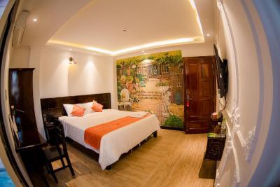 Laverne Hotel