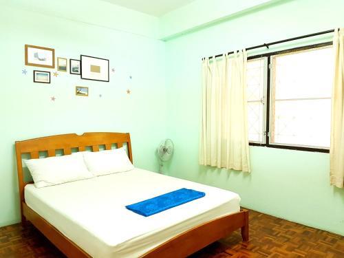 The I talay Room and Souvenir