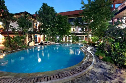 Simpang Inn Hotel