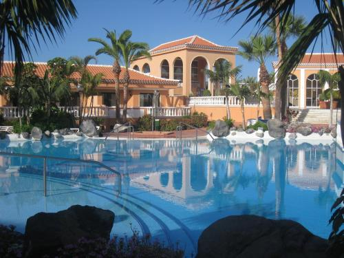 Resorts Costa Adeje. 94 complejos en Costa Adeje, España ...