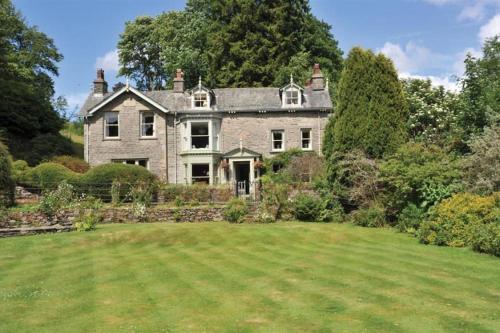 Cleabarrow Manor