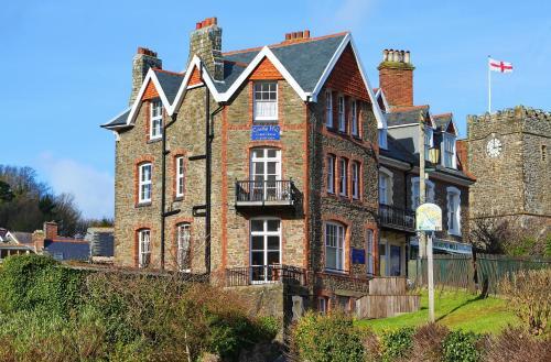 Castle Hill Guest House