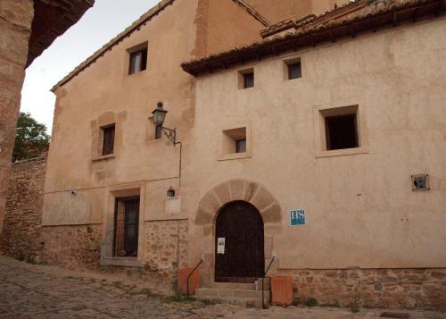 Booking.com: Hoteles en Monteagudo del Castillo. ¡Reservá tu ...