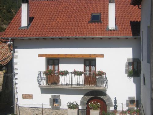 Casa rural Ornat Etxea (España Vidángoz) - Booking.com