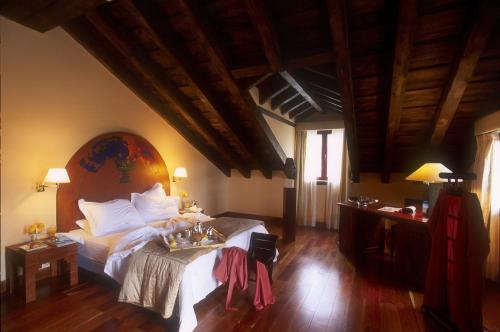 Los 6 mejores hoteles y hospedajes en Torrecaballeros ...