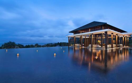 Los 10 mejores hoteles de 5 estrellas en Uluwatu, Indonesia ...