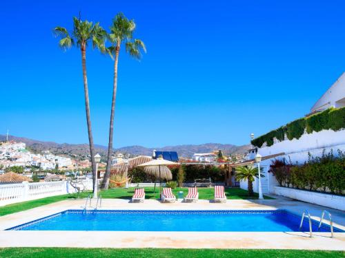 Villa Urb Cotomar C (España Rincón de la Victoria) - Booking.com