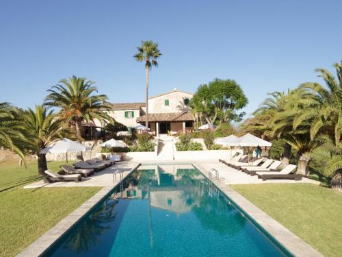 Booking.com: Hoteles en Campanet. ¡Reservá tu hotel ahora!
