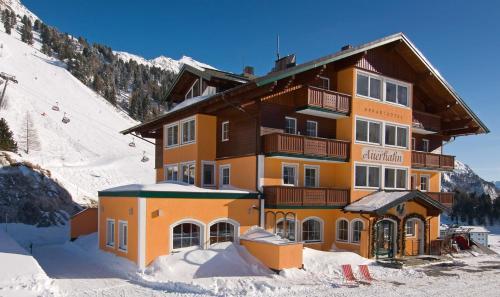 Os 10 melhores hot is com jacuzzi em obertauern ustria for Design hotel obertauern
