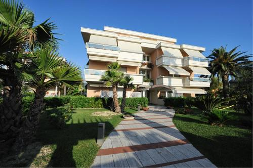 Hoteles en grottammare italia precios incre bles for Hoteles familiares en roma