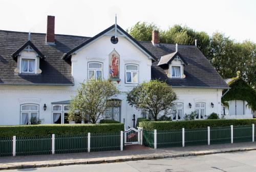 los 10 mejores hoteles rom nticos en wenningstedt alemania. Black Bedroom Furniture Sets. Home Design Ideas