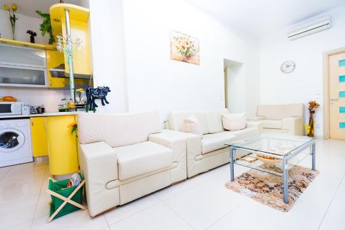 Lux Class Apartment