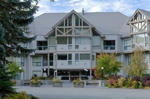 Greystone Lodge by Whistler Accommodation