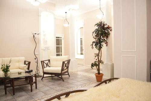Sonya Apartments