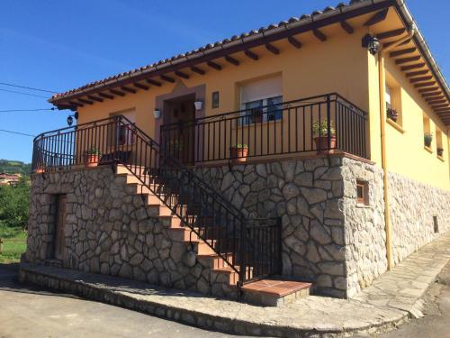 Casa de campo Casa Mariana (España Llames de Parres ...