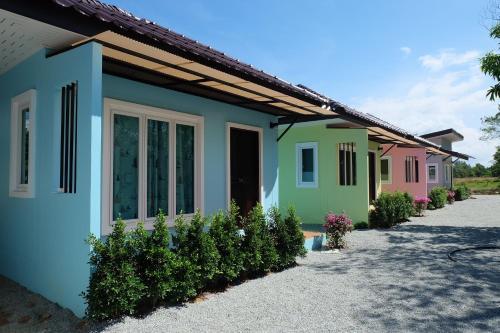 Maikhao Beach Guest House